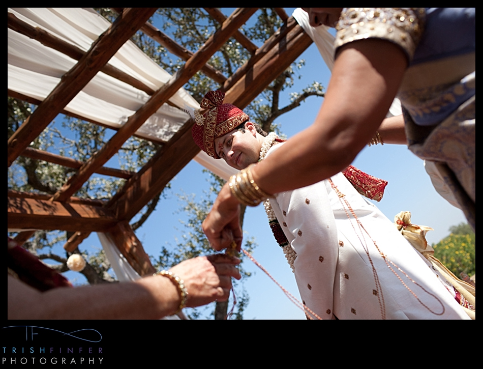 Hindu Wedding Groom Rope