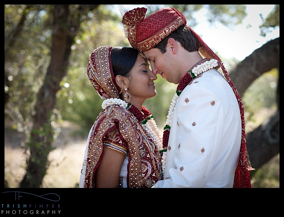 Hindu Couple Wedding Romantic