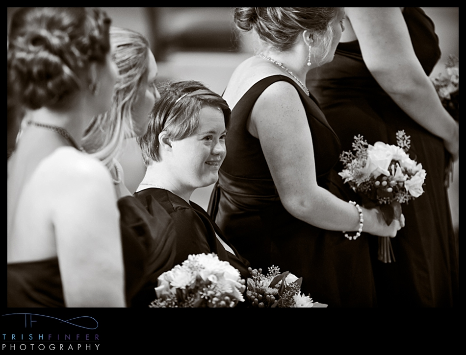 Bridesmaid Sister Glance
